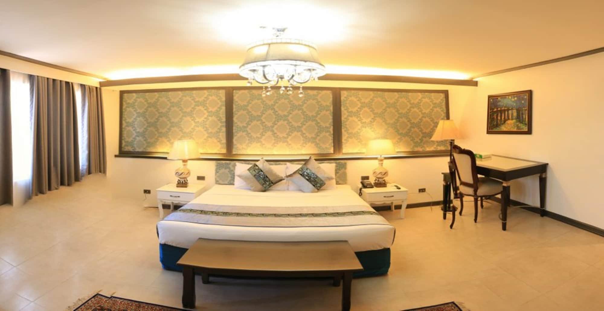 The Pepperland Hotel, Legazpi City