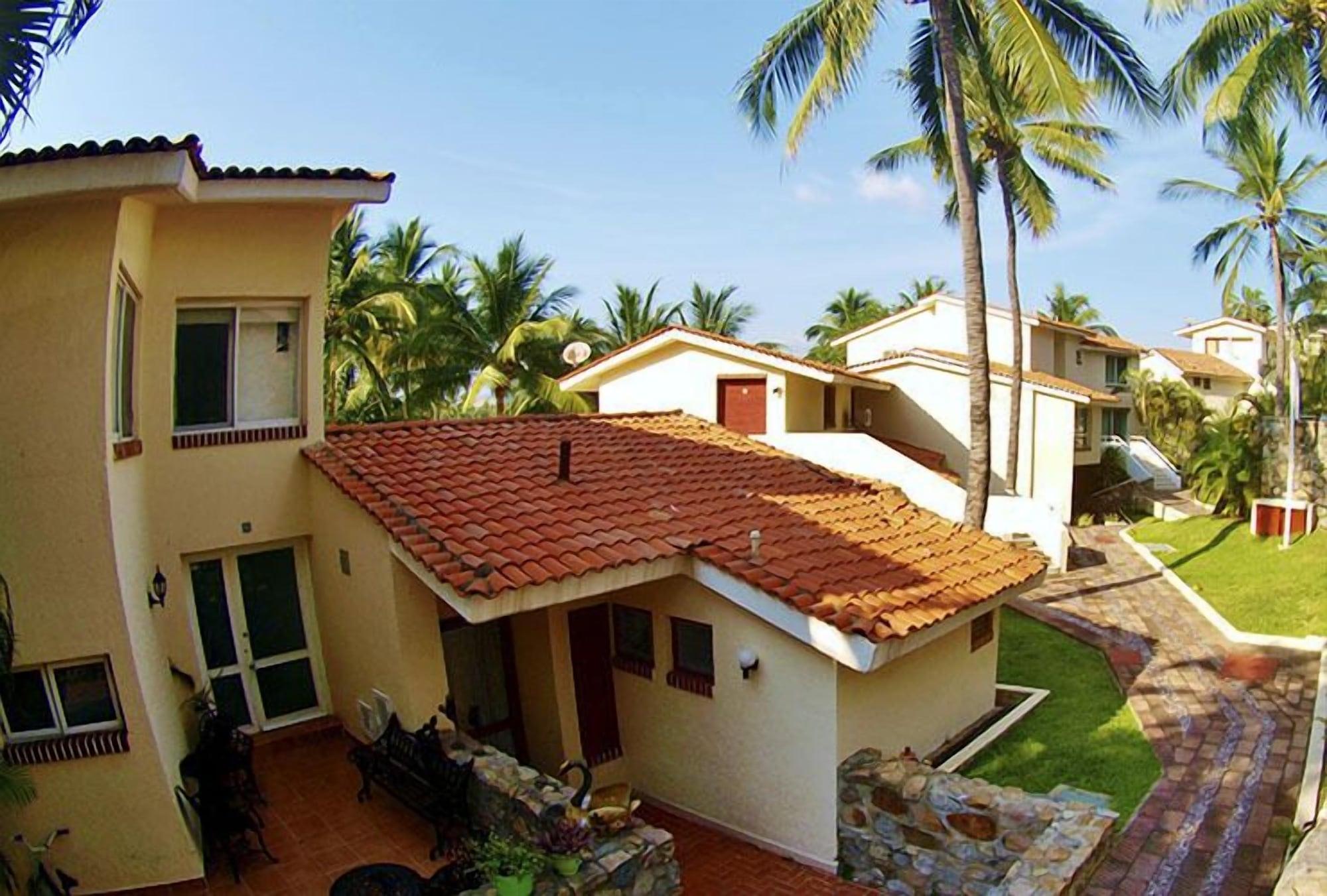 Villas del Palmar - Condo 704, Manzanillo