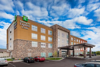 萊斯湖智選假日套房飯店 Holiday Inn Express & Suites Rice Lake