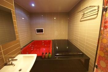 AVA Hotel Changwon - Bathroom  - #0