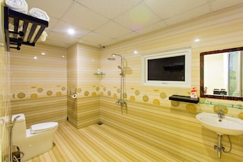 Hung Do Beach Homestay - Bathroom  - #0