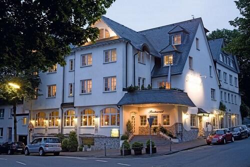 __{offers.Best_flights}__ Hotel Rech