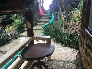 TURTLE COVE ISLAND RESORT Terrace/Patio