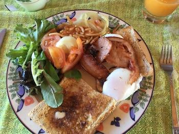 TURTLE COVE ISLAND RESORT Breakfast Meal