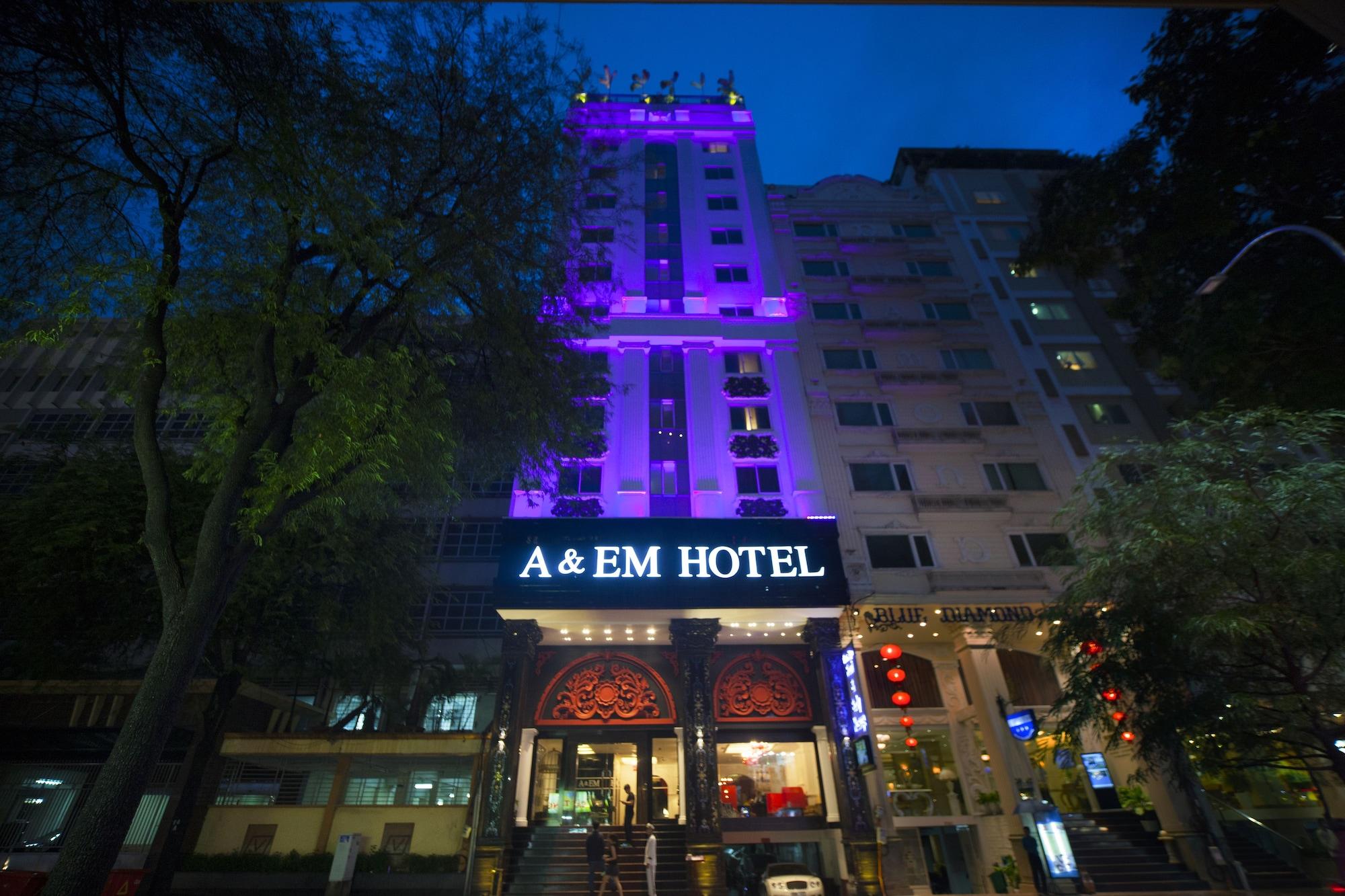 A&Em Signature Hotel, Quận 1