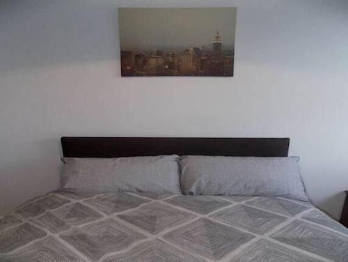 Albion Apartments, West Yorkshire