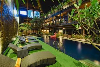 峇里艾莫爾飯店