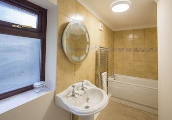 Tregib Mill Cottage - Bathroom  - #0