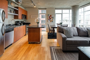 Marshall Street Apartment by Stay Alfred
