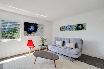 Airy 1BR in Coconut Grove by Sonder