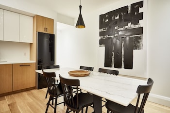 Stunning 3Br In Little Italy By Sonder Toronto