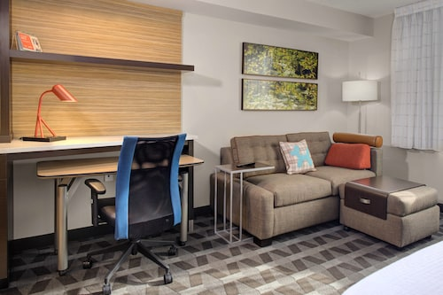 . TownePlace Suites by Marriott Parkersburg