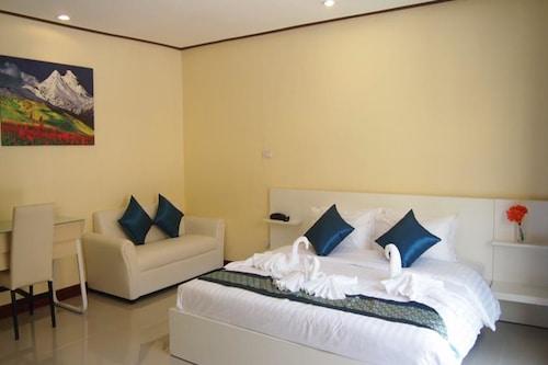The Victoria Resort Pattaya, Sattahip