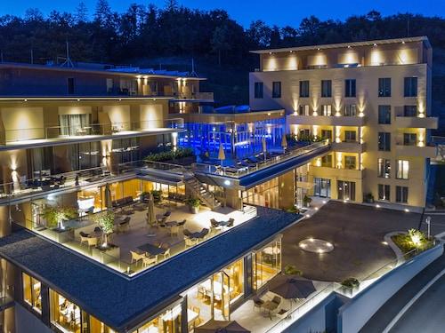 . ATLANTIDA BOUTIQUE HOTEL