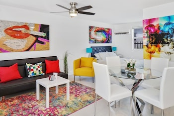 Colorful Studio in Wynwood by Sonder photo