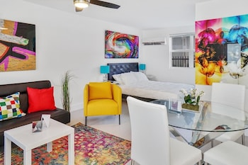 Colorful Studio in Wynwood by Sonder photo