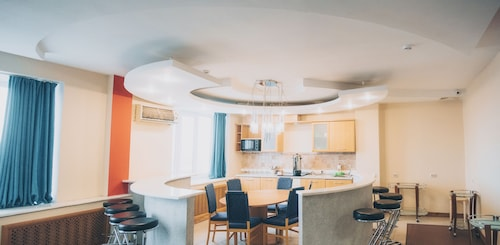 Hostel eHOT, Vysokogorskiy rayon
