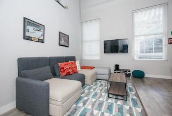 BOS008 2 Bedroom Apartment By Senstay