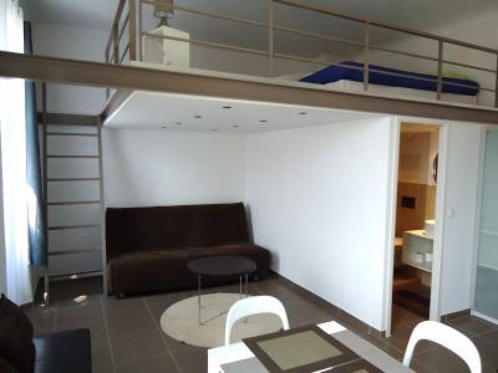 Borniol Loft
