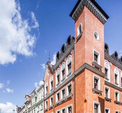 . Palazzo Rosso