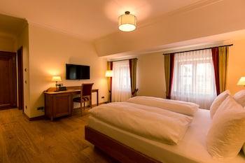艾丁格維斯布勞餐廳飯店 Hotel & Gaststätte zum Erdinger Weißbräu