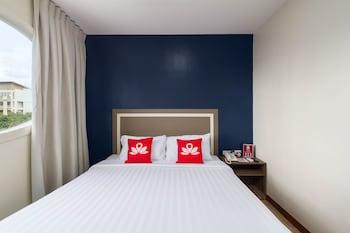 ZEN ROOMS M. VELEZ STREET Room