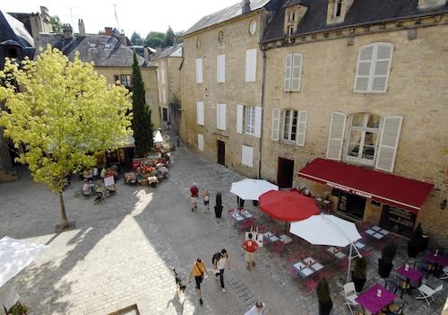 Cabaret, Dordogne