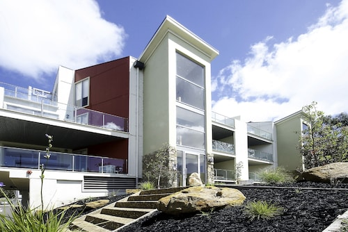 Phillip Island Towers, Bass Coast  - Phillip Is.