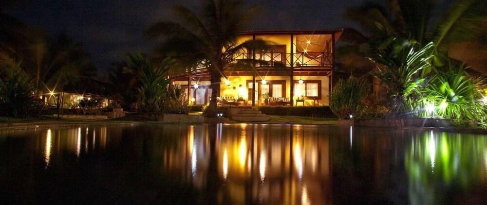 https://i.travelapi.com/hotels/18000000/17400000/17394800/17394748/0cccc61f_z.jpg