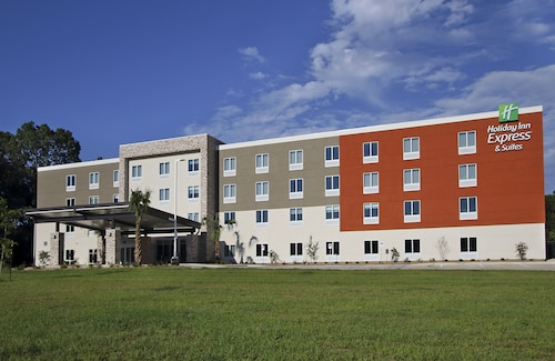 Holiday Inn Express & Suites Columbus North, Lowndes