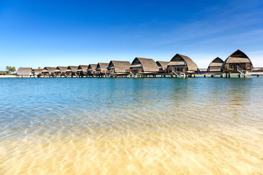 https://i.travelapi.com/hotels/18000000/17400000/17398500/17398490/026a02fe_z.jpg
