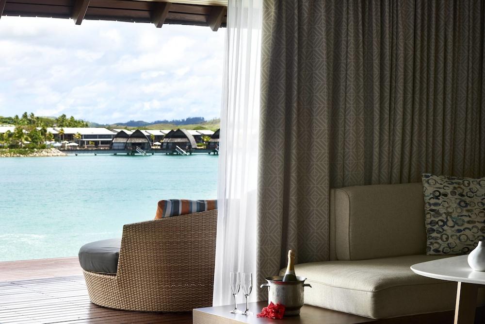 https://i.travelapi.com/hotels/18000000/17400000/17398500/17398490/99cf7d9a_z.jpg