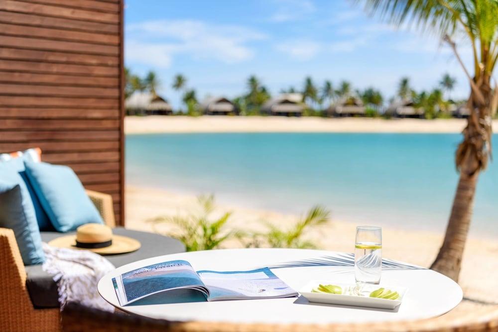 https://i.travelapi.com/hotels/18000000/17400000/17398500/17398490/a78a5dba_z.jpg