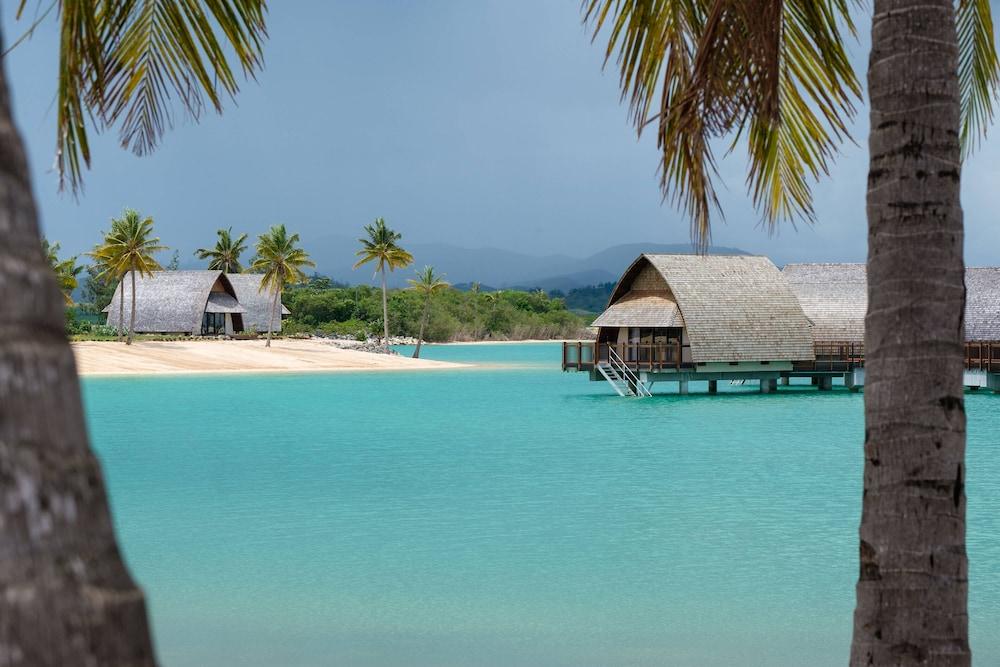 https://i.travelapi.com/hotels/18000000/17400000/17398500/17398490/afff5728_z.jpg
