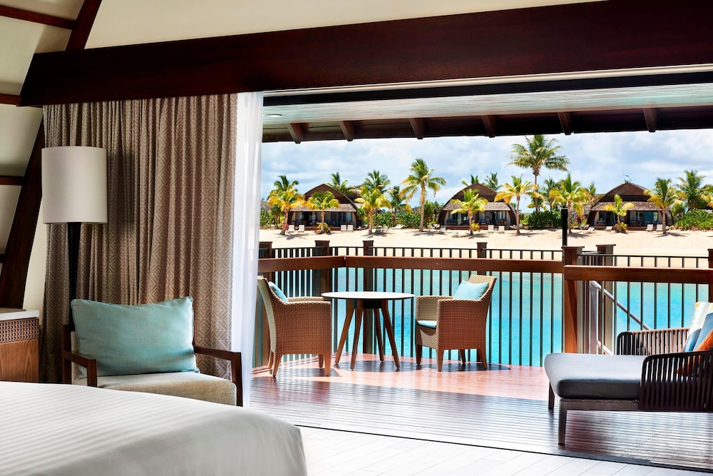 https://i.travelapi.com/hotels/18000000/17400000/17398500/17398490/f05d847d_z.jpg