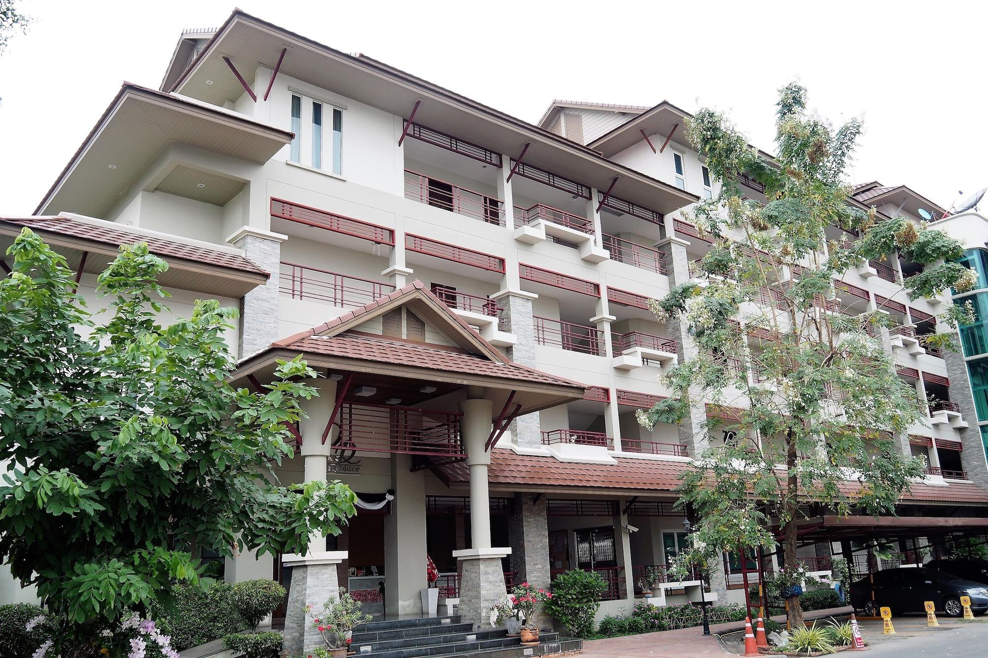 Rangsee Place, Phuttha Mon Thon