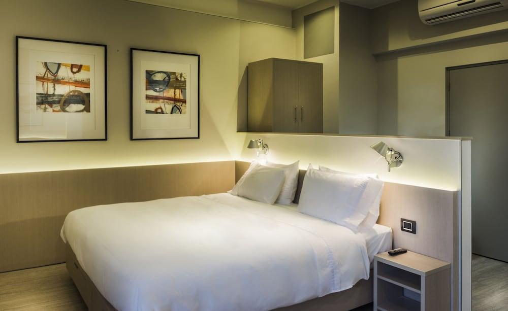 https://i.travelapi.com/hotels/18000000/17410000/17405000/17404988/6be4edf5_z.jpg