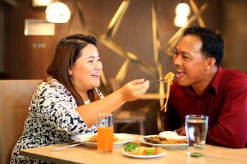 HOTEL ESTRELLA Couples Dining