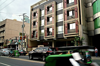 ORTIGAS BUDGET HOTEL - KAPITOLYO Front of Property