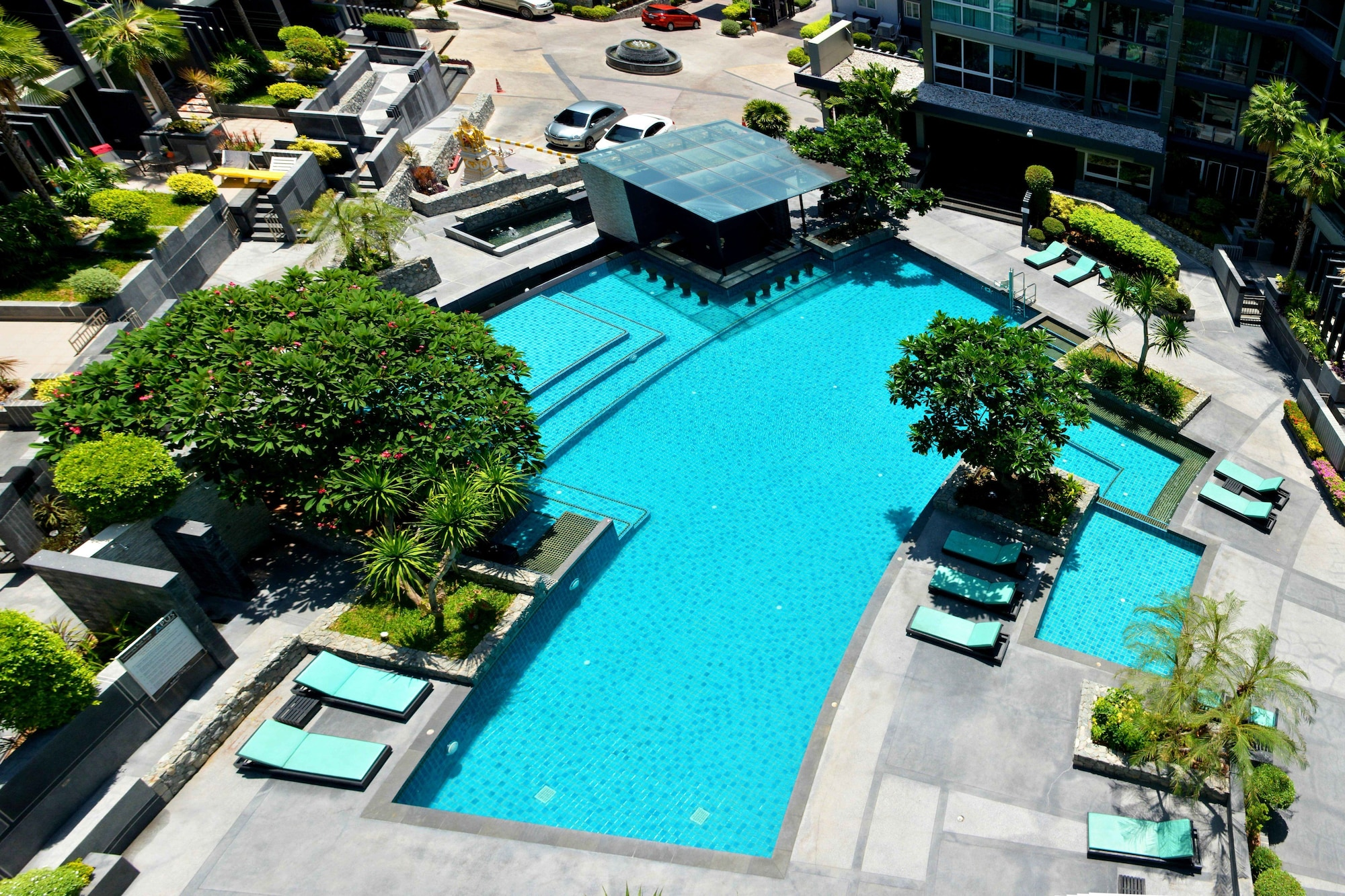 Luxury Style of Life, Pattaya
