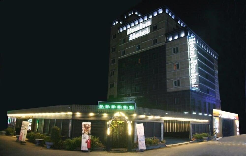G ステイ プラハ ホテル
