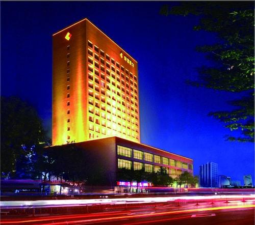 . Tianjin Hopeway Hotel