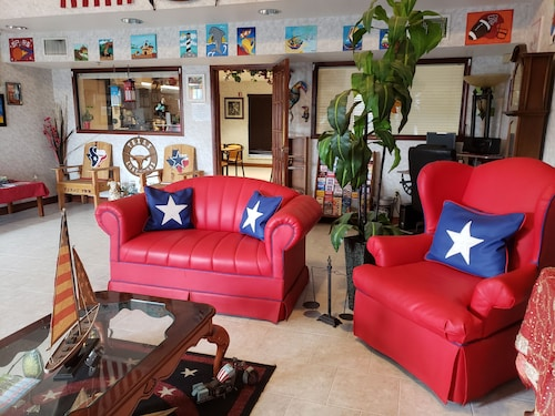 . Texas Inn Harlingen