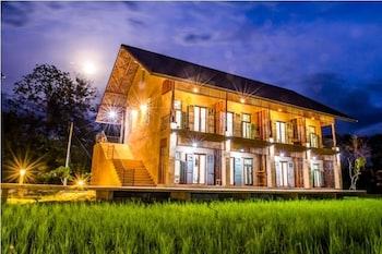 Phu-Anna Eco House