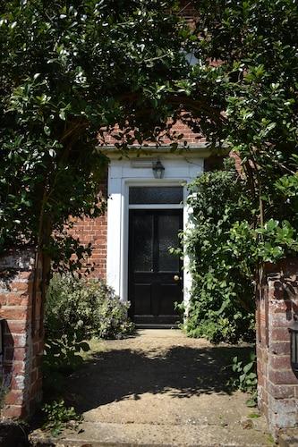 At the Farmhouse Hunters Hall, Norfolk
