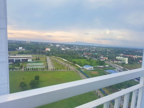 Blowing in the Wind - Lake View Apartments, Tagaytay City