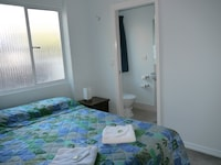 Standard Double Room, Ensuite at Acacia Inner City Inn in Spring Hill