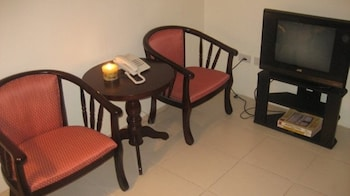 FREDERICK'S APARTELLE Living Area