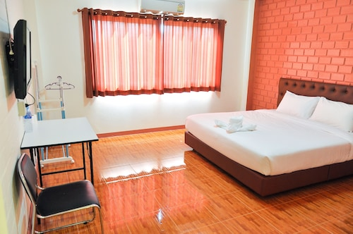 Budsarakam Place Hotel, Muang Chanthaburi