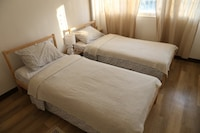 Private Twin Bed (P2)